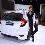 2017 Honda Jazz Hybrid Mugen rear three quarters