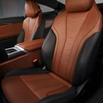 2018 BMW 8 Series Coupe front seats