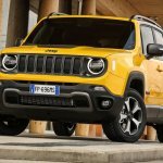 2019 Jeep Renegade Trailhawk front