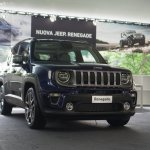 2019 Jeep Renegade facelift front three quarters