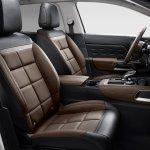 Citroen C5 Aircross front seats