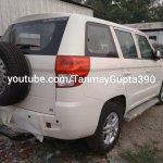 Mahindra TUV300 Plus P8 rear three quarters