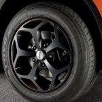 Mahindra XUV500 Italy Sport Pack alloy wheels