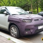 2018 SsangYong Tivoli (facelift) front three quarters spy shot