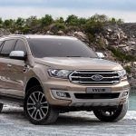 Facelifted Ford Everest (Facelifted Ford Endeavour) front three quarters