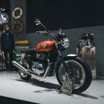 royal enfield interceptor 650 at eicma 2017 front 30e6