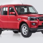 New Mahindra Pik-Up (facelift) front three quarters