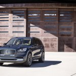 2019 Lincoln Aviator Concept Front Three Quarters