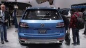 VW CrossBlue Concept at NAIAS 2013 (8)
