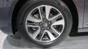 2014 Honda Odyssey Touring Elite alloy wheel design
