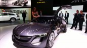 Front left three quarter of the Opel Monza Concept