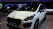 Front three quarter of the 2014 Peugeot 3008