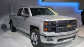 2015 Chevrolet Silverado front three quarters