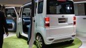 Daihatsu Deca Deca Concept rear three quarter
