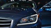 2014 Hyundai Genesis at 2014 NAIAS headlights