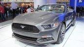 2015 Ford Mustang Convertible at 2014 NAIAS front quarter 2