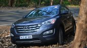 2013 Hyundai Santa Fe Review front quarters