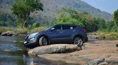 2013 Hyundai Santa Fe Review front stance