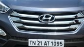 2013 Hyundai Santa Fe Review grille front