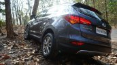 2013 Hyundai Santa Fe Review rear quarter