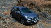 2013 Hyundai Santa Fe Review static front quarter
