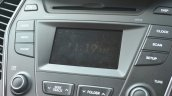 2013 Hyundai Santa Fe Review touchscreen display