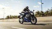 2014 Yamaha YZF-R125 front three quarter press shot