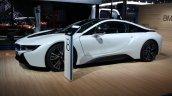 BMW i8 side detail live