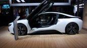BMW i8 side live