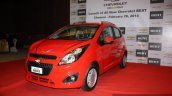 Chevrolet Beat facelift front three quarter left doors closed