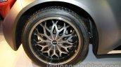 DC Eleron wheel detail live