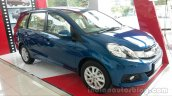 Honda Mobilio front three quarters review