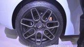 Mahindra Reva HALO concept wheel detail live