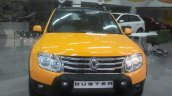 Renault Duster Joy Yellow Edition front angle