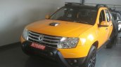 Renault Duster Joy Yellow Edition front quarter