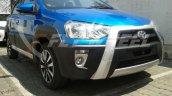 Toyota Etios Cross dealer spied front