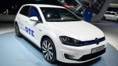VW Golf GTE front three quarter - Geneva Live