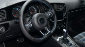 VW Golf GTE steering - Geneva Live