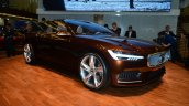 Volvo Concept Estate front three quarter headlamp - Geneva Live