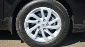 2014 Renault Fluence facelift review wheel