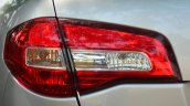 2014 Renault Koleos facelift review taillight