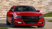2015 Dodge Charger front three quarter press shot