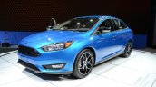 2015 Ford Focus at 2014 New York Auto Show - front three quarter left