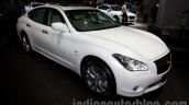 Infiniti Q70 front three quarters left at Moscow Motor Show 2014