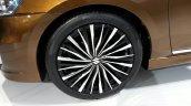 Suzuki Alivio wheel at Auto China 2014