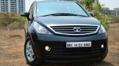 2014 Tata Aria Review front with headlamps on