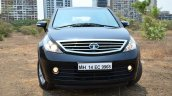 2014 Tata Aria Review front with lights