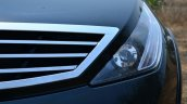 2014 Tata Aria Review grille and light