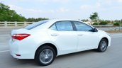 2014 Toyota Corolla Altis Petrol Review side moving