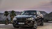 2015 BMW X6 press shots front quarter